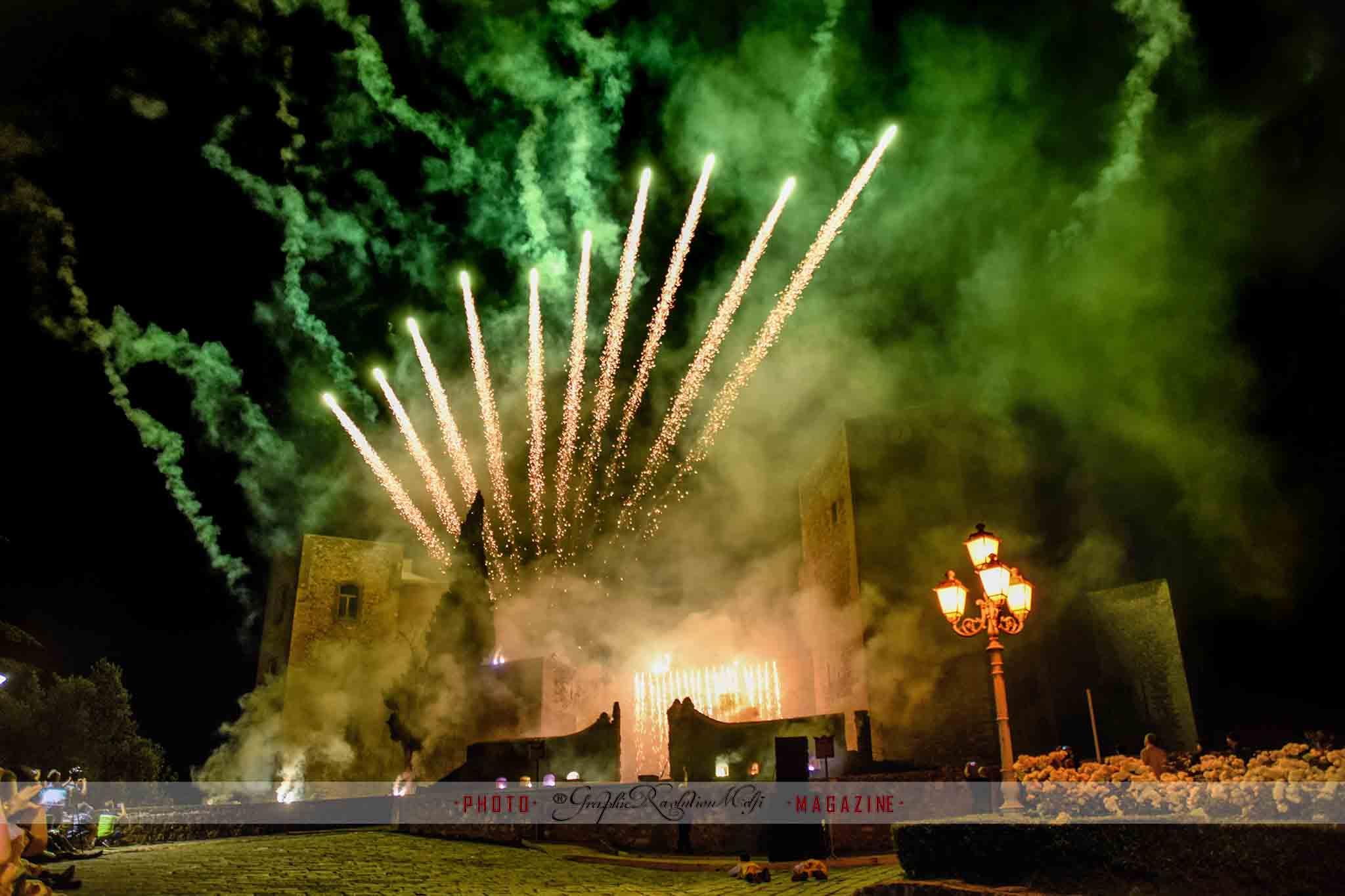 pentecoste melfi pasqua di sangue presa porta venosina assedio castello spettacolo piromusicale