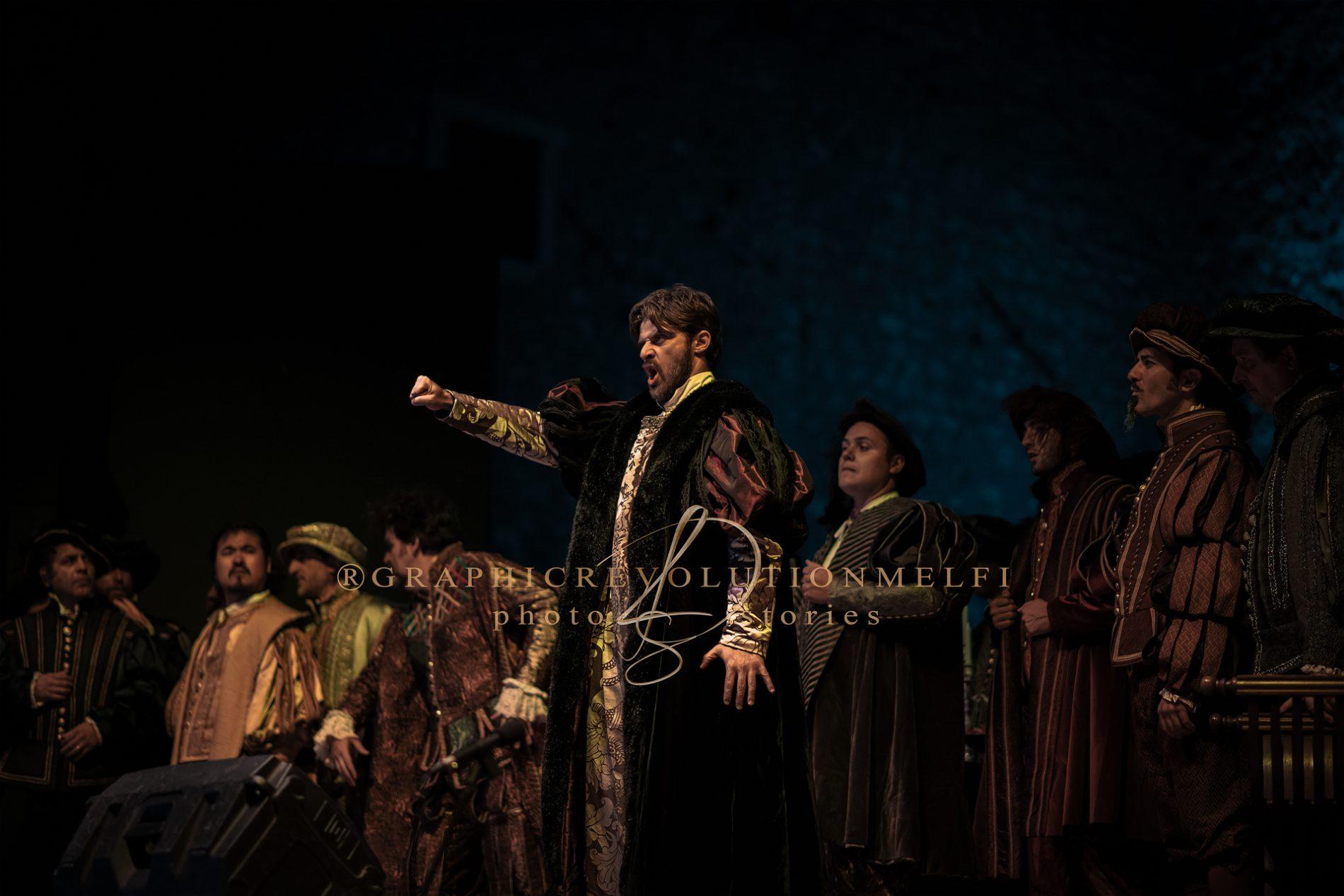 L'opera Il Rigoletto al Castello di Melfi