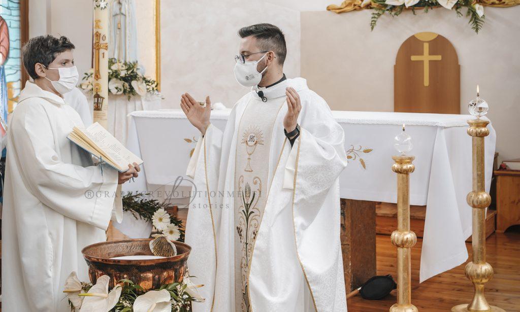 I Riti della Rinascita: il Battesimo dopo la Pasqua
